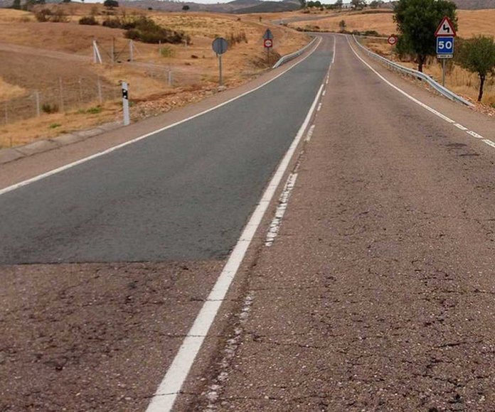Más de 3.000 kilómetros de la red viaria española son muy peligrosos