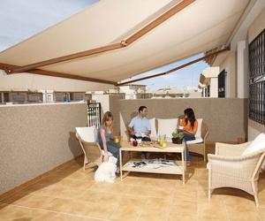 Galería de Fabricación de toldos en Barcelona | Toldos Mediterráneo S.L.