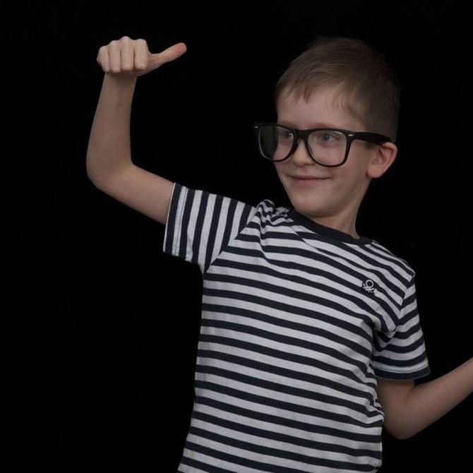 ¿Cómo saber si nuestros hijos necesitan gafas?