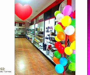 Decoración de locales comerciales. San Valentín