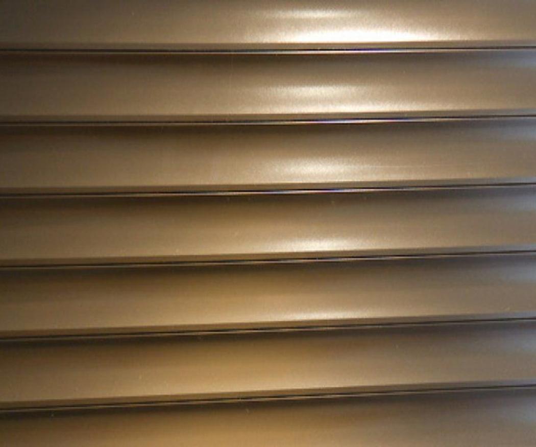 Cómo elegir entre venecianas de aluminio o de madera