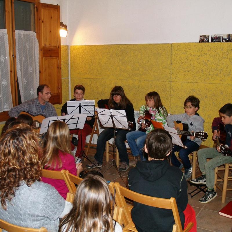 "Concerts pedagògics. Cicle ""Música en el temps"": Escuela de música i Expresión  de Can Canturri"