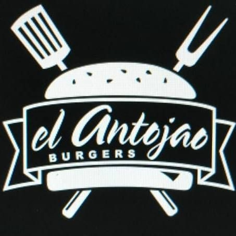 American Hot Dog:  de El Antojao Burguer