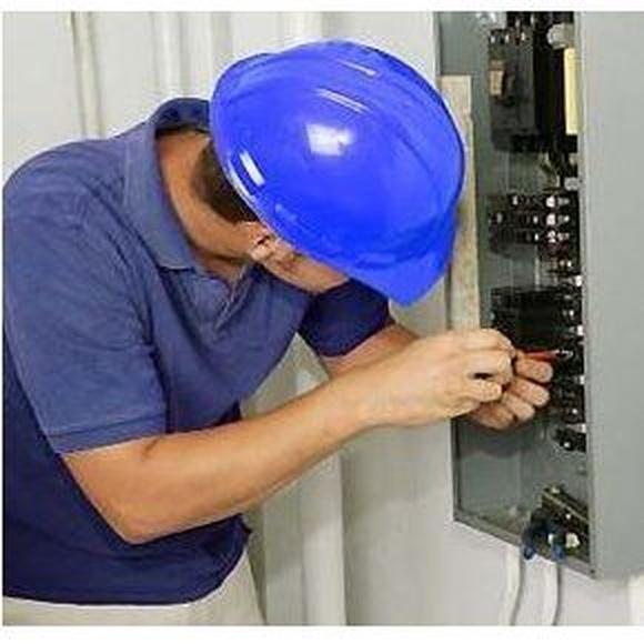 Instalaciones eléctricas: Servicios de Electricidad David