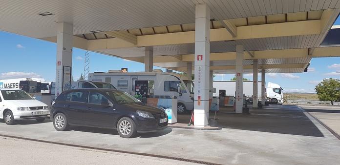 Combustible: Servicios de Area108