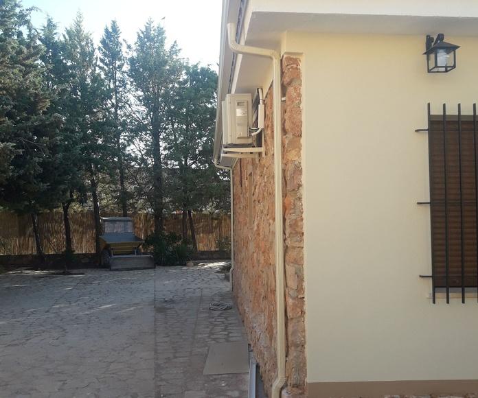 Canalon en fachada recien rehabilitada