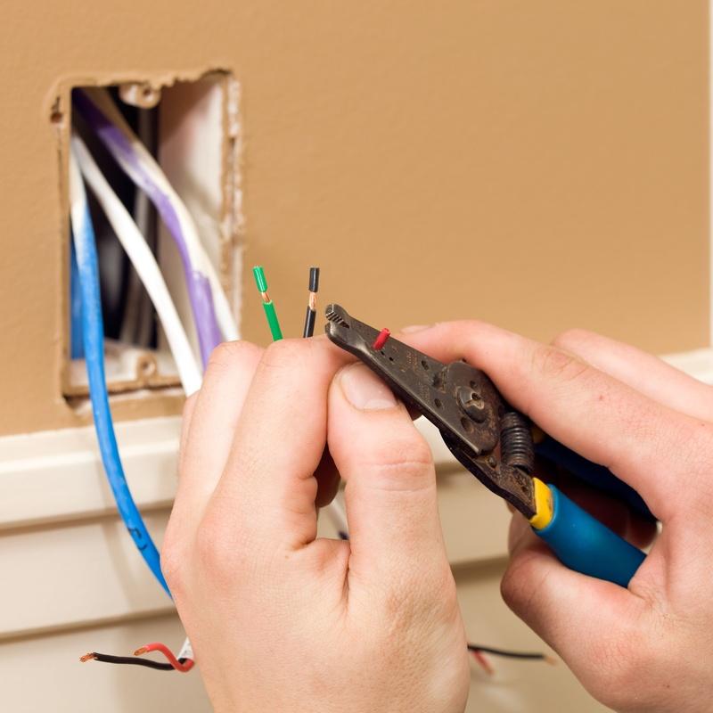 Reparaciones eléctricas: Servicios de ST Power