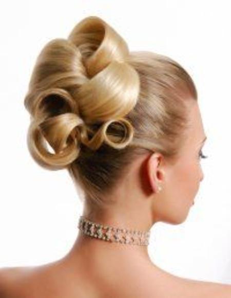 Brushing: Tratamientos de Concha Del Hoyo - Salón de Peluquería y Belleza