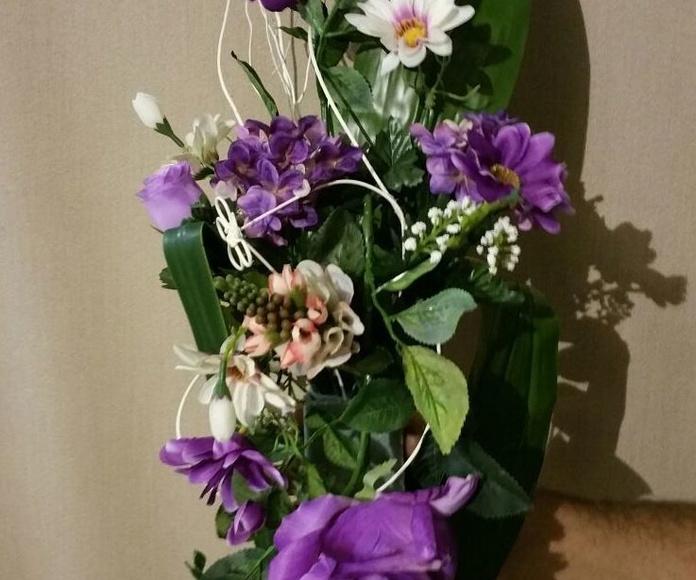 Arreglo floral artificial