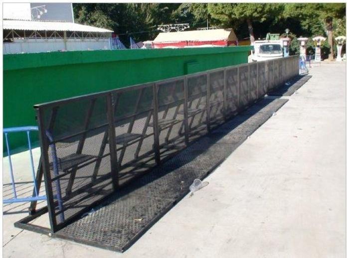 Barreras antiavalancha y vallado peatonal : Alquiler  de ACD Servicios y Alquileres