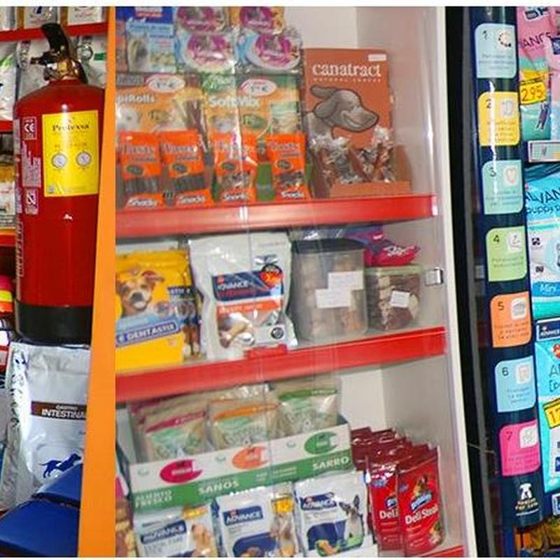 Tienda donde podrá encontrar todo en alimentación en Clínica Veterinaria Huellas