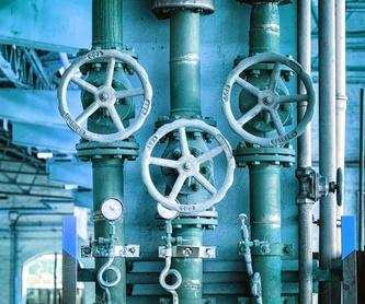 Instalación de barandillas metálicas: Servicios de Alyos,S.L