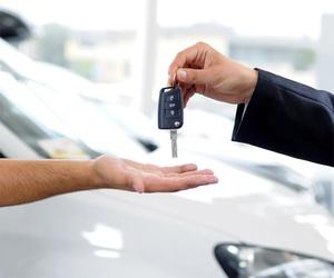 Alquiler de coches con conductor en Melilla