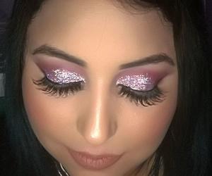 Maquillaje de fiesta con glitter