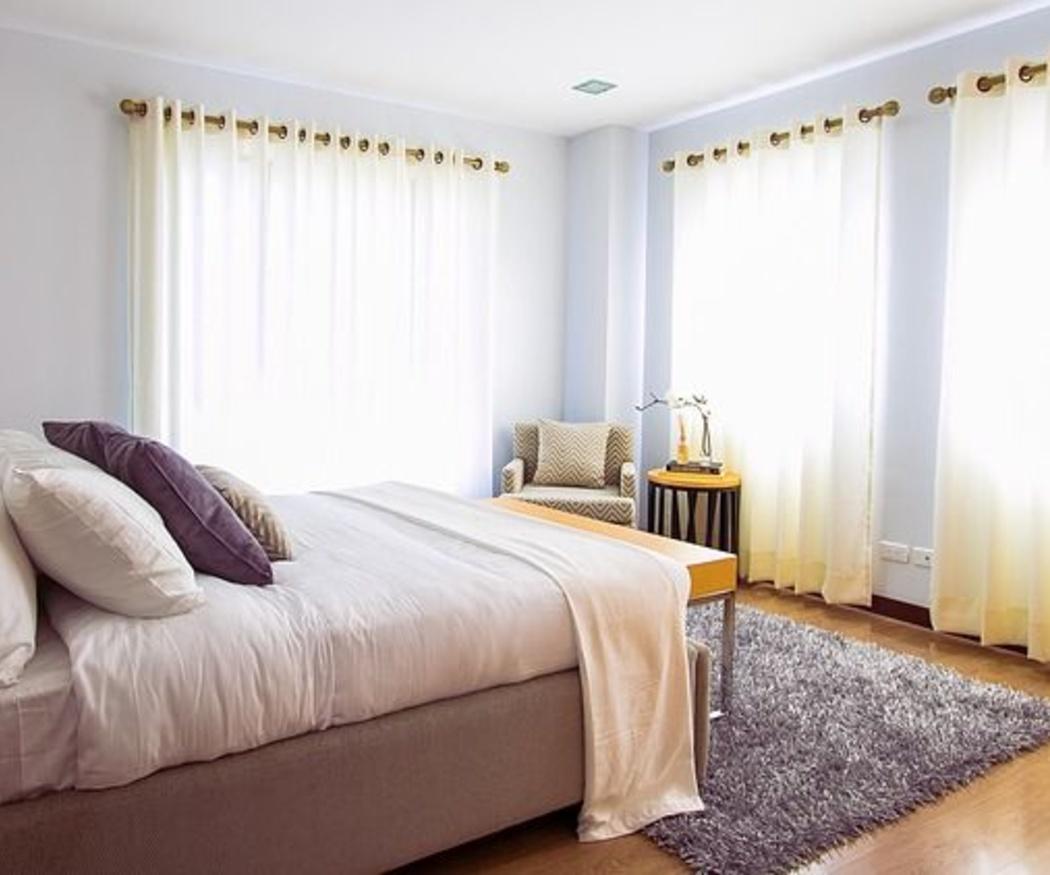 Decora tu hogar con cortinas y estores