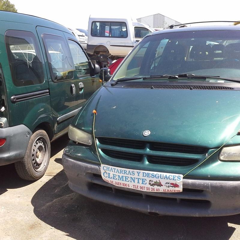 Chrysler Voyager 1998 para desguace en Albacete. desguaces clemente