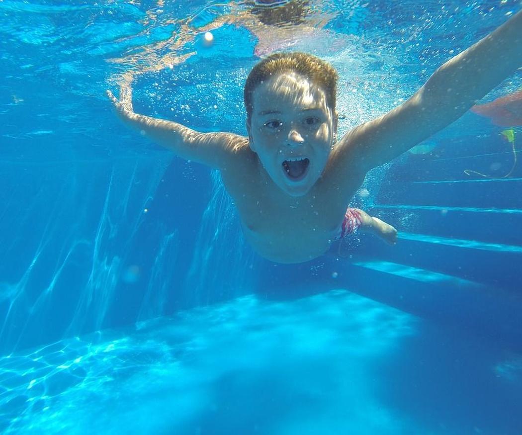 Cómo mantener tu piscina en perfectas condiciones