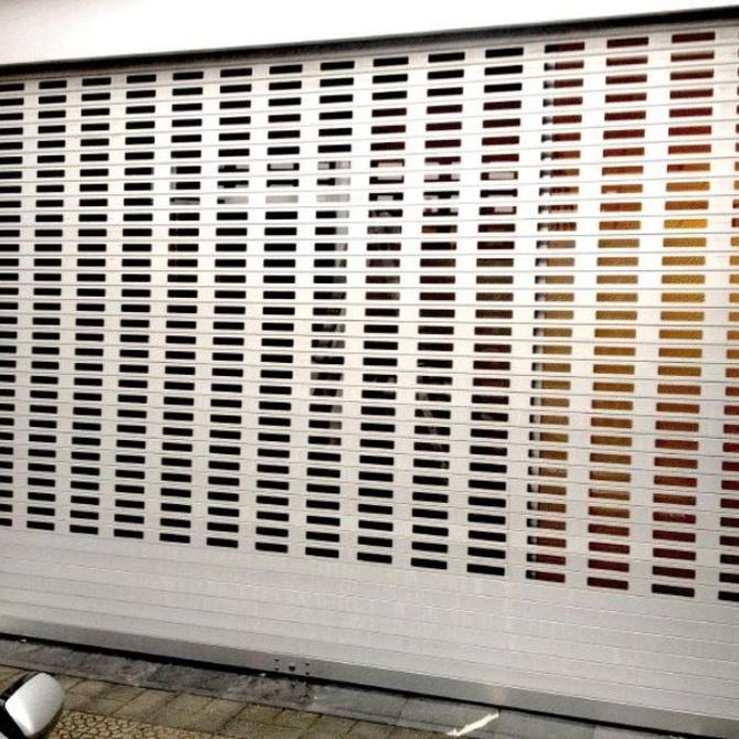 ¿Por qué utilizar persianas metálicas en locales comerciales?