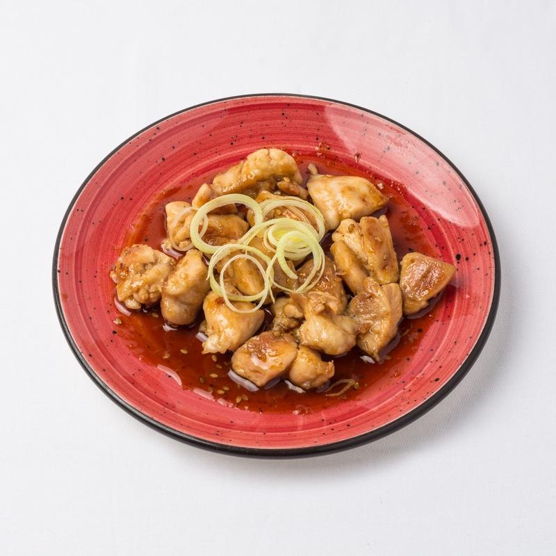 Muslo de pollo con salsa yakiniku: Carta de Restaurante Sowu