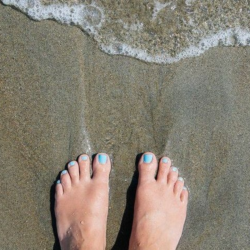Pedicura Azucar en la Playa: Servicios of Divinity Body Nails