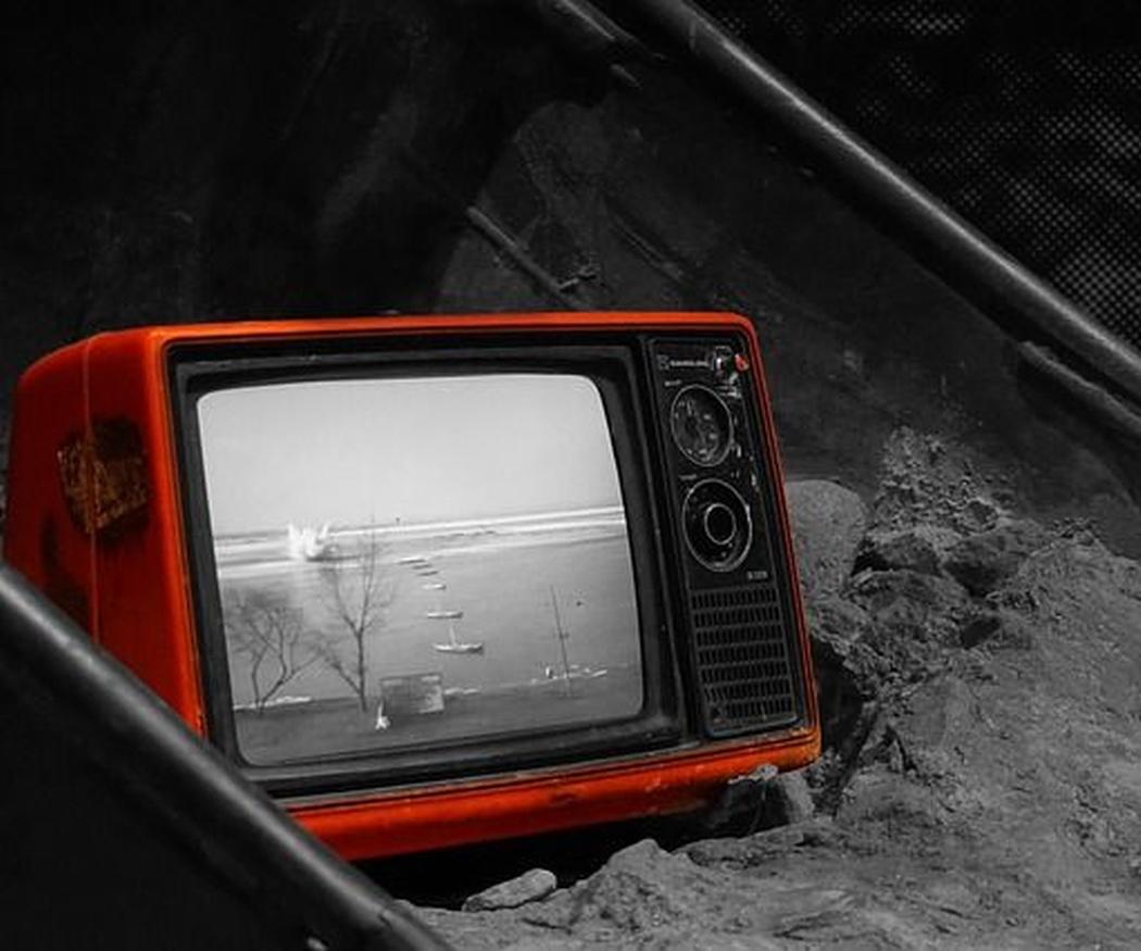 Del blanco y negro al microled: la evolución de las pantallas de televisión