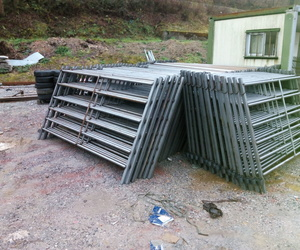 Todos los productos y servicios de Carpintería de aluminio: Metálicas Torca
