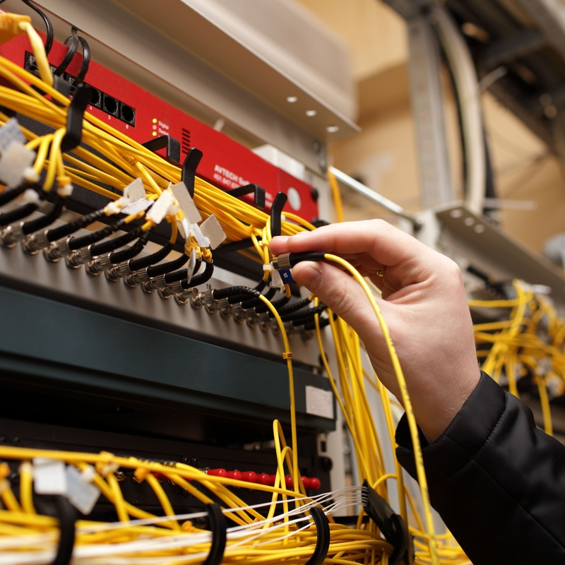 Instalaciones eléctricas en comunidades: Servicios de Pascual Instalaciones Eléctricas y Telecomunicaciones