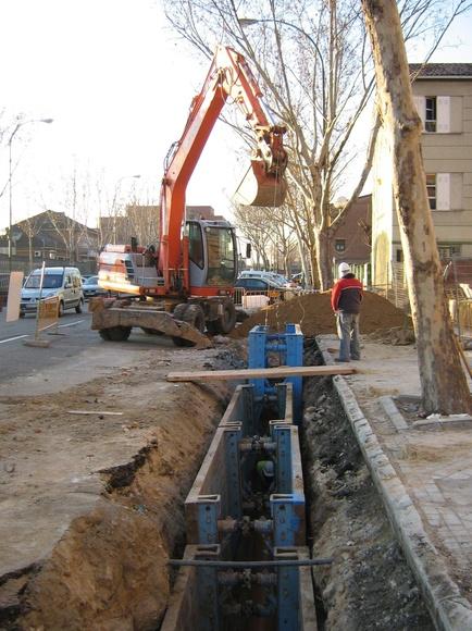 Empresa de construcción y reparación de pocería HIJON, colectores de saneamiento