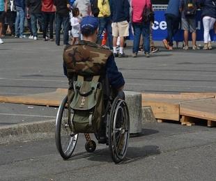 Como superar barreras arquitectónicas con una silla de ruedas