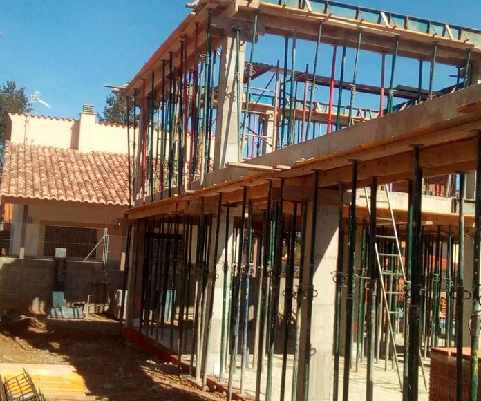 Estructura : Construcciones y reformas de Hermanos Flor