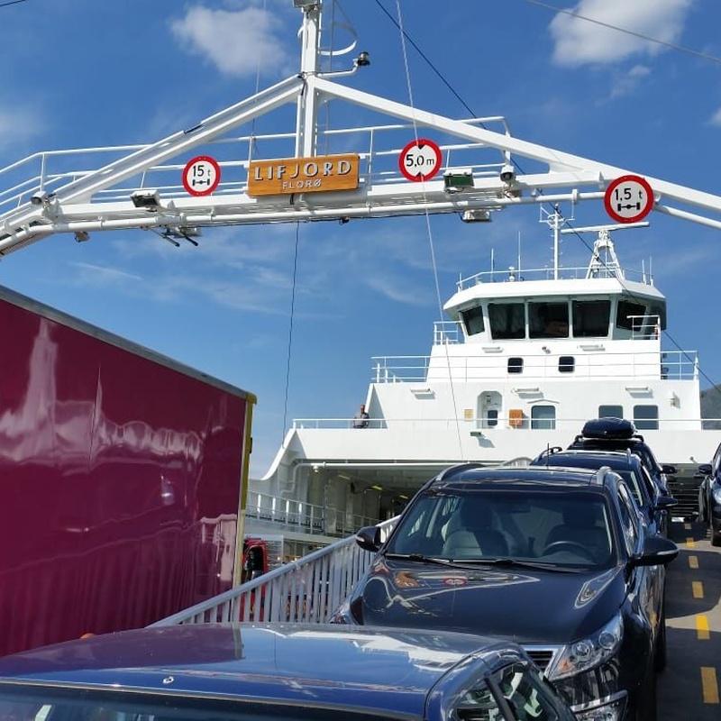 Transporte marítimo y aéreo: Servicios de Mudanzas Dany