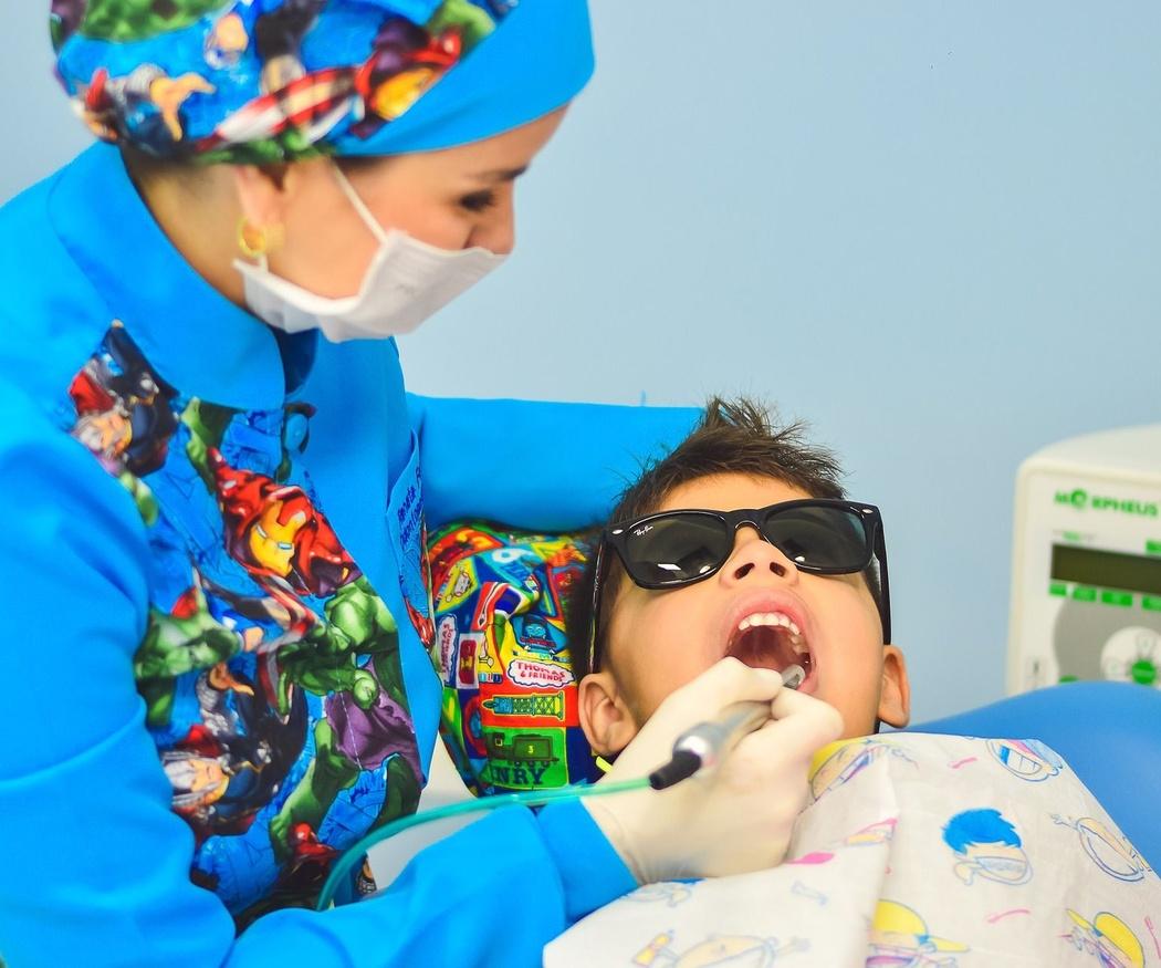 Todo lo que debes saber sobre la limpieza dental profesional