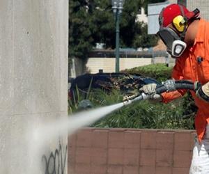 La limpieza de grafitis
