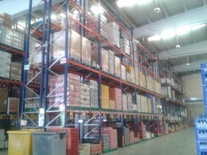 compra-venta de estanterías metálicas en Madrid