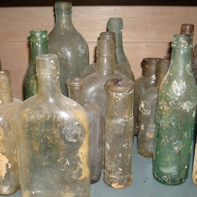 La leyenda de la invención del vidrio