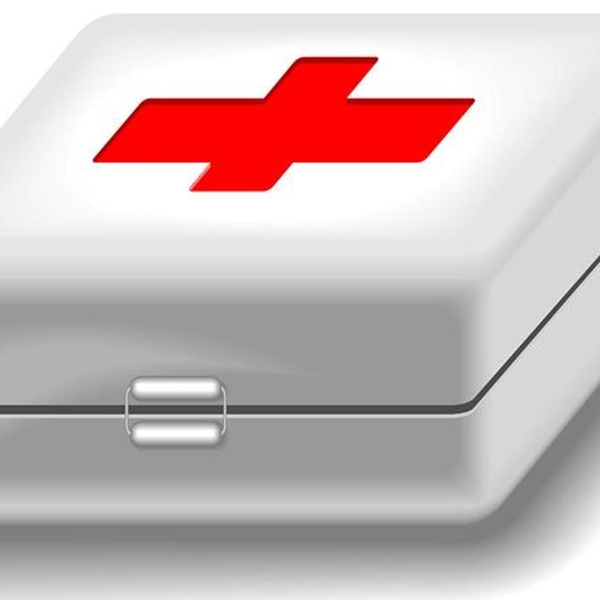 Elementos básicos de un botiquín de primeros auxilios