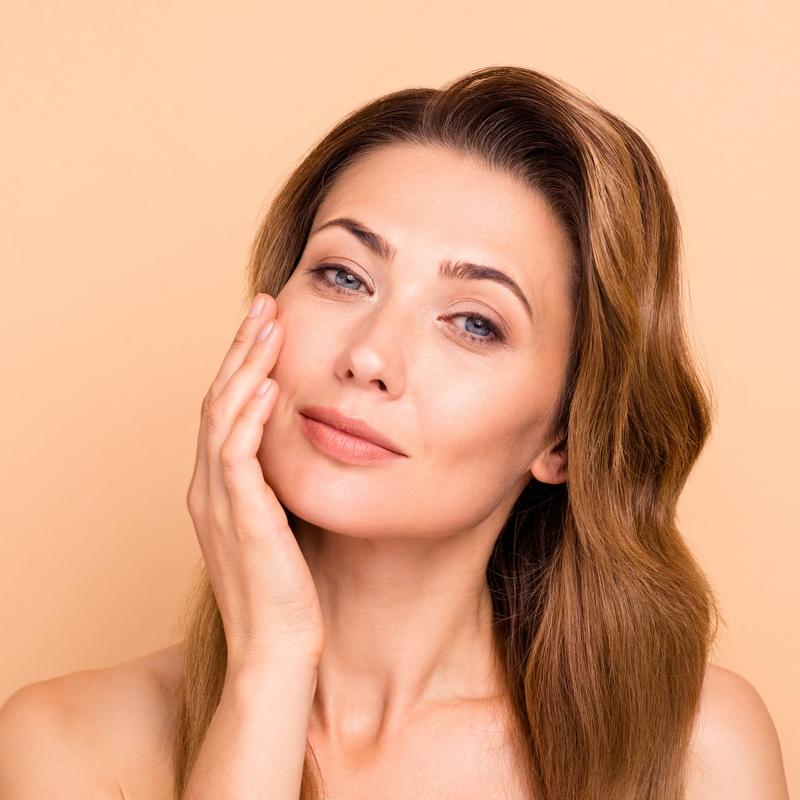 Rejuvenecimiento facial: Servicios de BÁRBARA GODOY GODOY