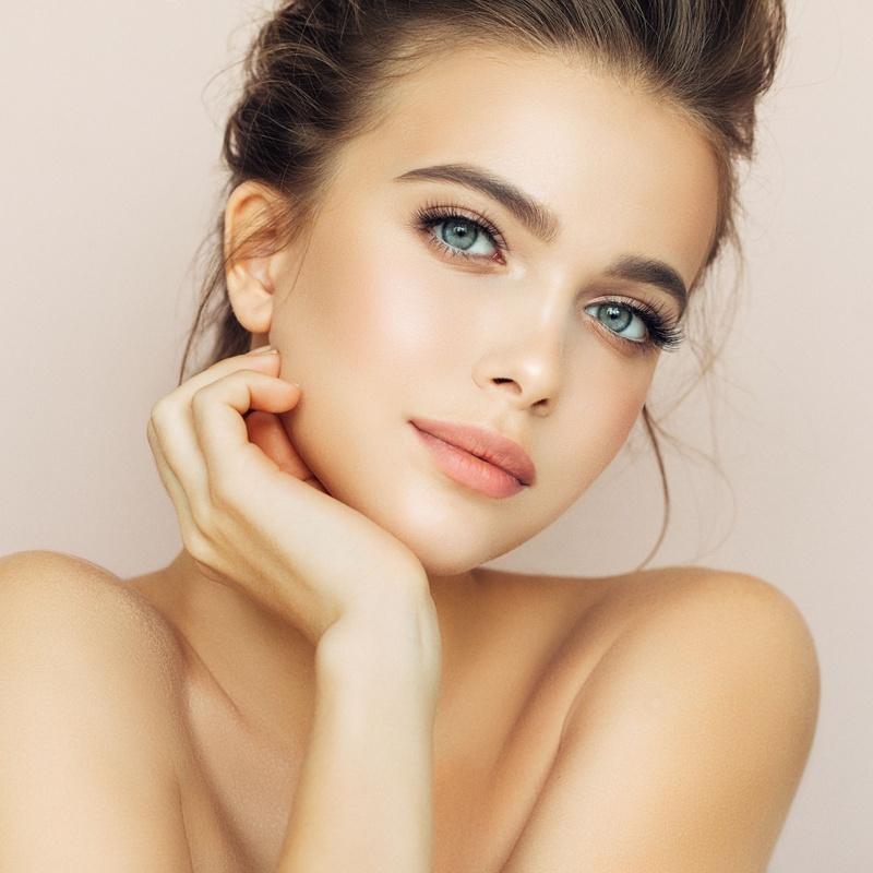 Cosmetics & Effect-Food: Nuestros servicios de Patri&cia, Belleza y uñas