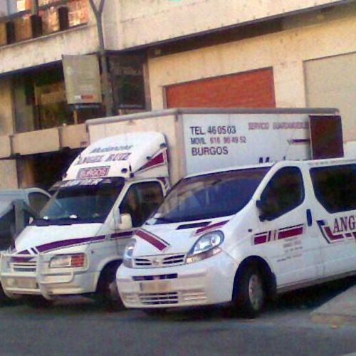 Camiones de mudanzas en Burgos