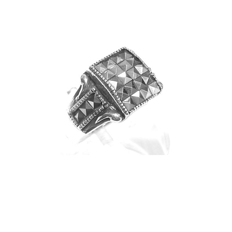 Sortija de Plata y Marcasitas. Ref. ES-793/00: Catálogo de Antigua Joyeros