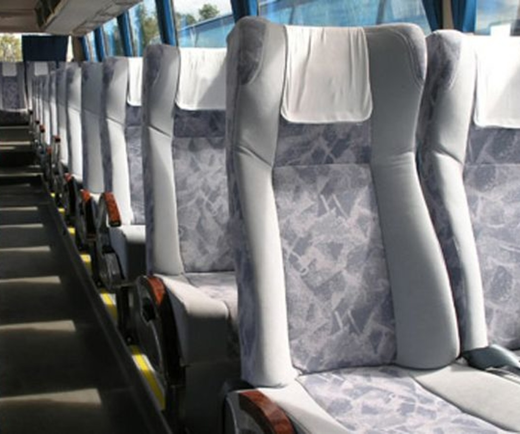 Ventajas de alquilar autobuses para despedidas de soltero