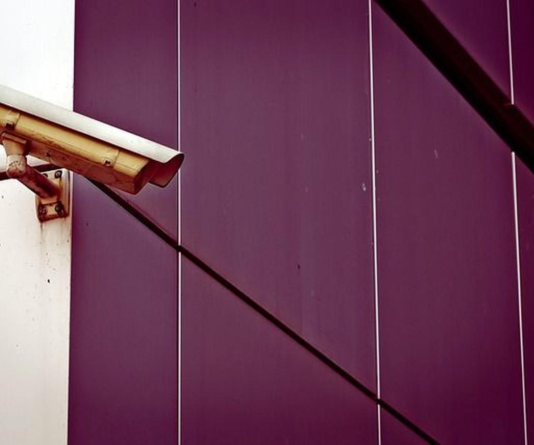 Cuatro errores al instalar cámaras de vigilancia en las comunidades de vecinos
