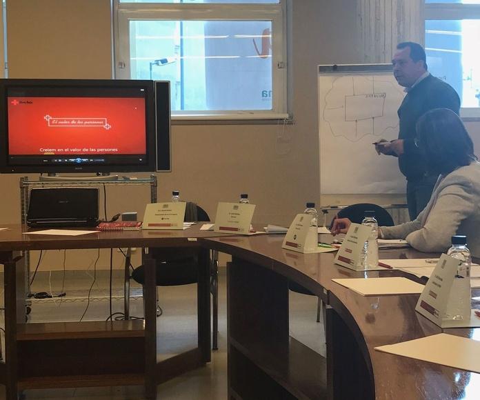 Mascotrans participa en la mesa de diálogo sobre Responsabilidad Social Corporativa de Cruz Roja