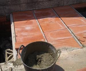 Ampliacion de terraza e impermeabilizacion en urbanizacion de Oruña Cantabria