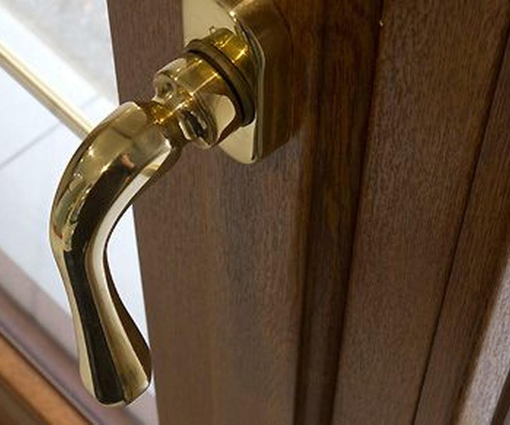 Puertas metálicas: ¡protege tu hogar estas vacaciones!