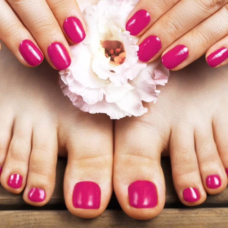 Manicura y Pedicura: Servicios de Salón de Belleza Hebrón SL