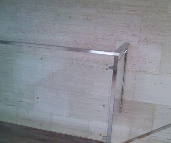 Barandilla de acero inoxidable y cristal : TRABAJOS de Carpintería Metálica Hialupin