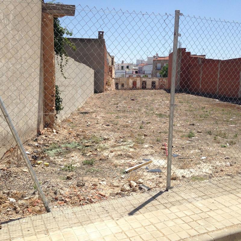 Venta de solar grande en Calle San Anton: Inmuebles Urbanos de ANTONIO ARAGONÉS DÍAZ PAVÓN