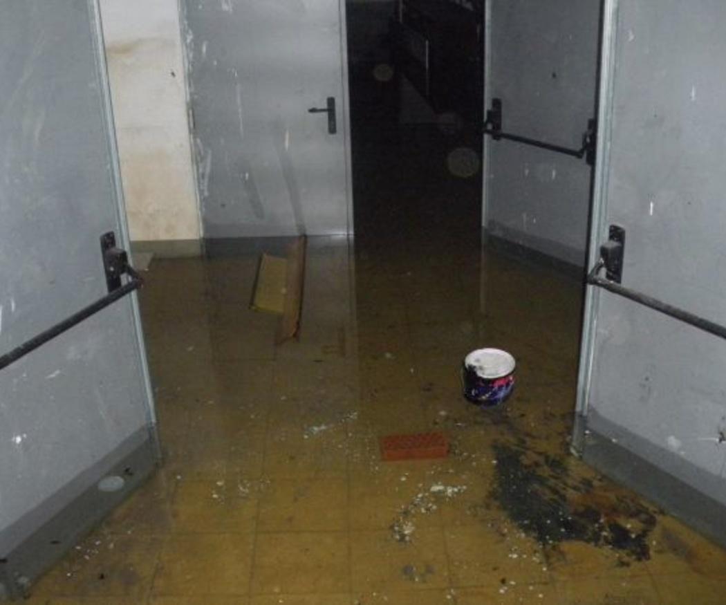 ¿Cómo actuar tras una inundación en un sótano?