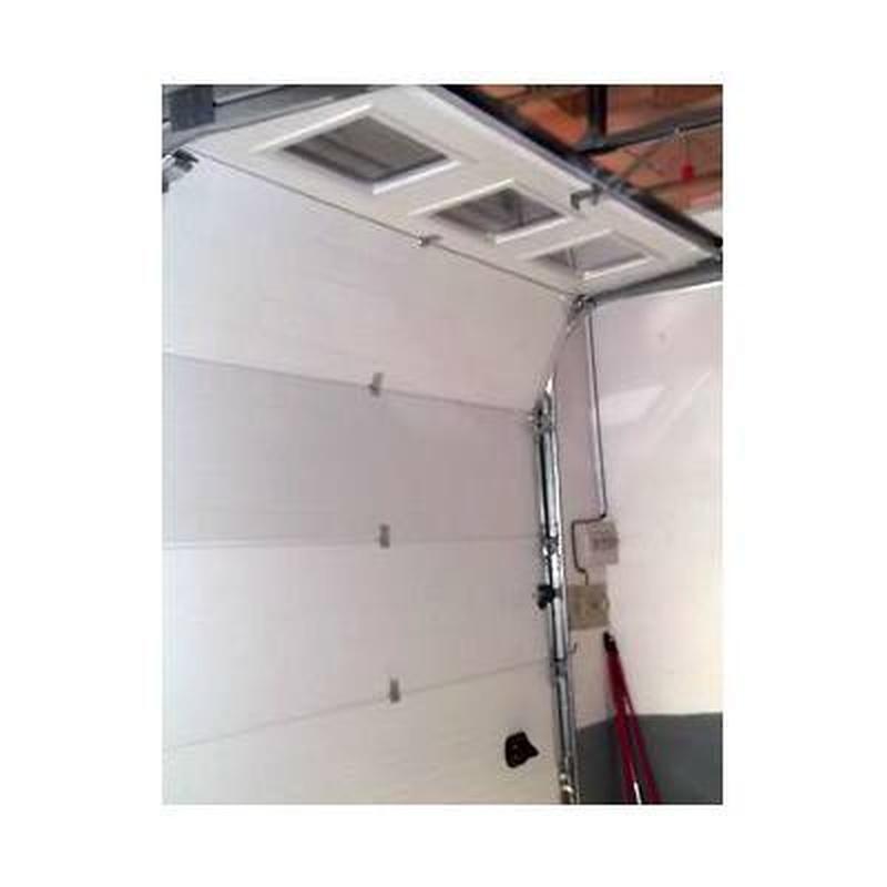 Puertas de garaje: Catálogo de Carpintería de Aluminio y PVC Alcaman